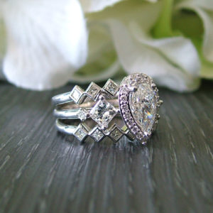 Custom Pear Shaped Diamond Ring Online
