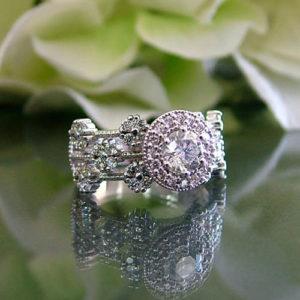 Custom Diamond Halo Wedding Ring Online